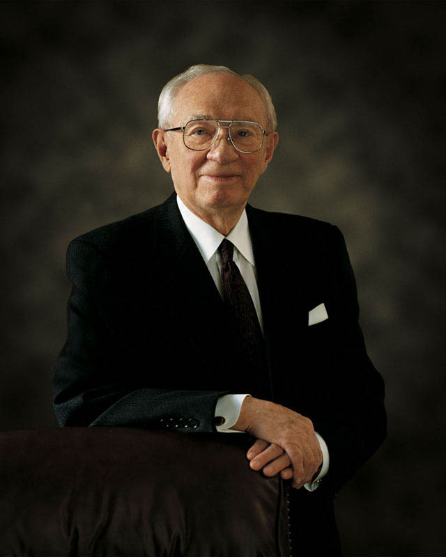 The Life of President Gordon B. Hinckley: 1910 – 2008